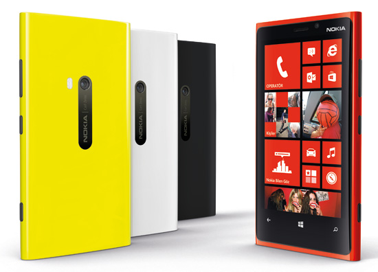 Nokia Lumia 920 ve 820